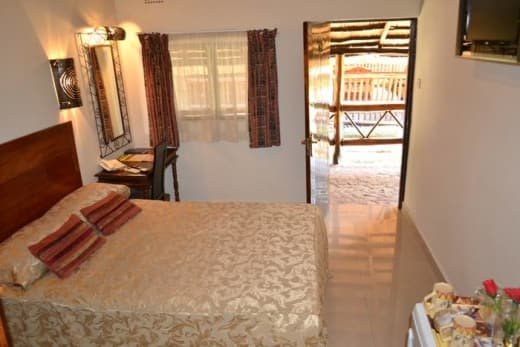 Ngolide Lodge facilities