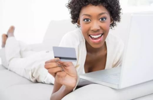 Provides a variety of online payment methods