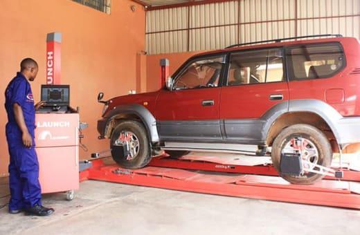Professional vehicle repair service