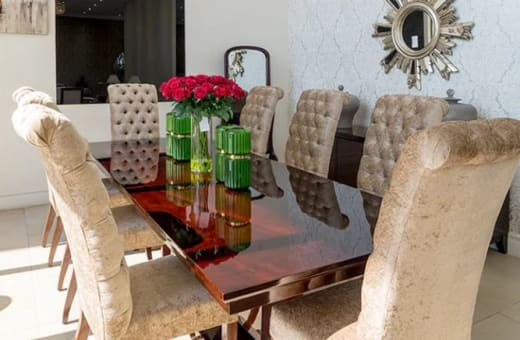 Luxurious, up-market furniture and décor accessories