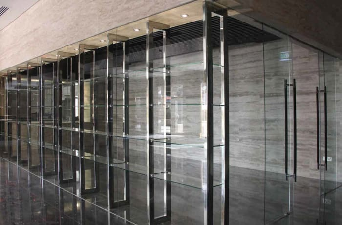 Aluminium windows and doors image