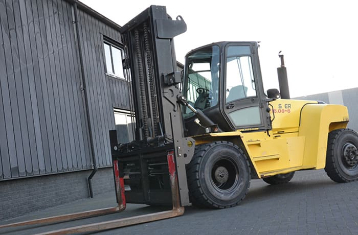 Warehouse vehicles image