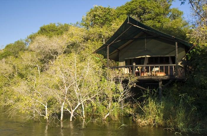 Safari lodges image