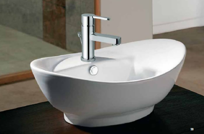 Plumbing fixtures and fittings image