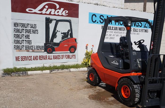 Warehouse vehicles image
