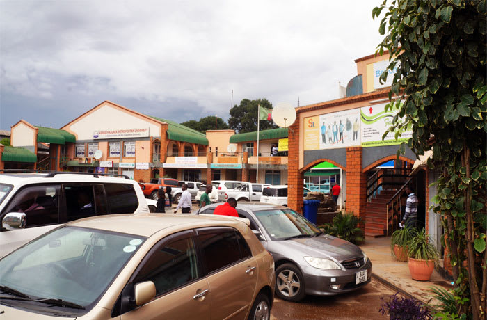 Shopping centres and Showrooms image