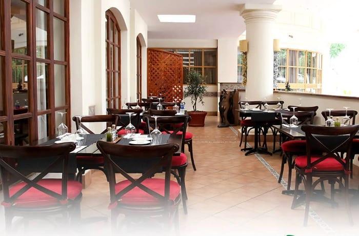 Fine dining restaurants image