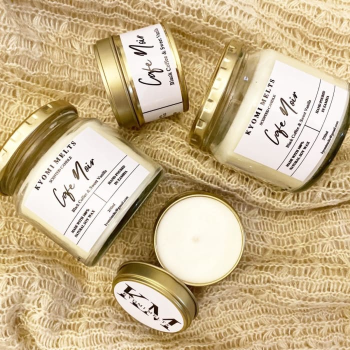 Gorgeous candle scents available by Kyomi Melts