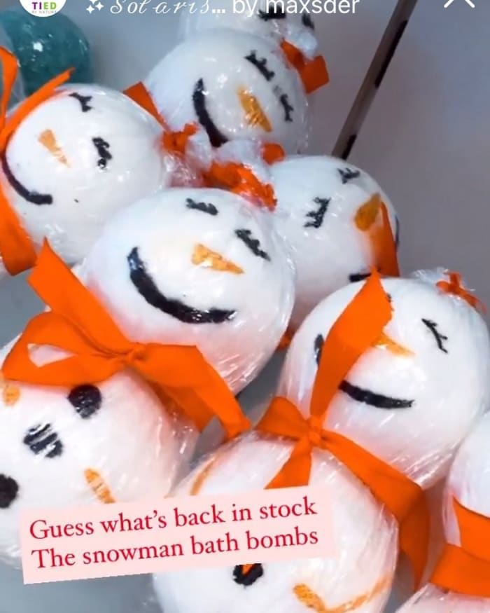 Right in time for Christmas shop for snowman bath bombs by Tied by Nature