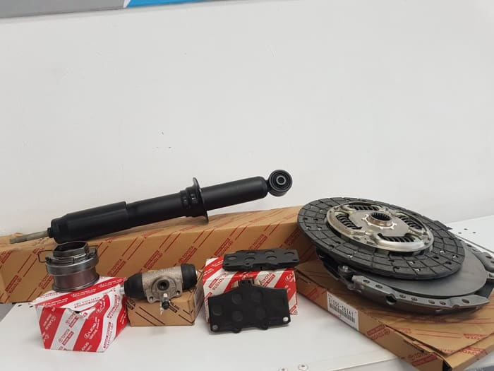 Regular and major service parts for various vehicles