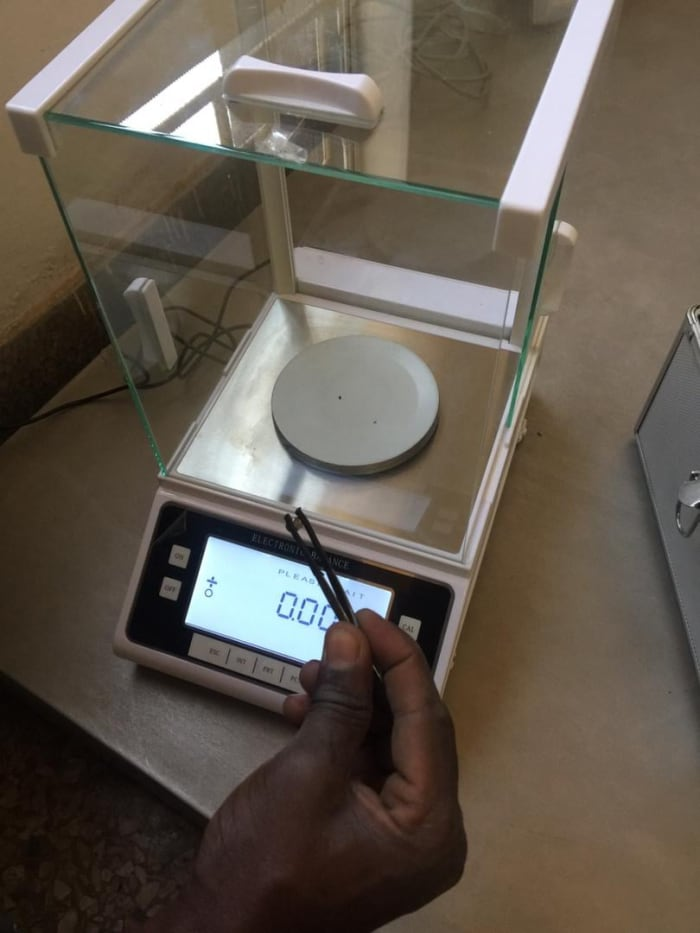 Laboratory analytical balance scales available in stock!