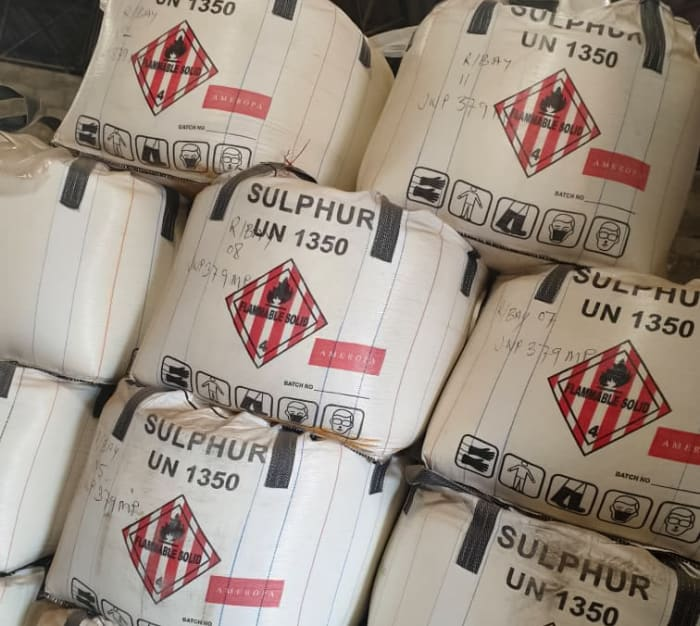 500 metric tonnes of good quality Sulphur