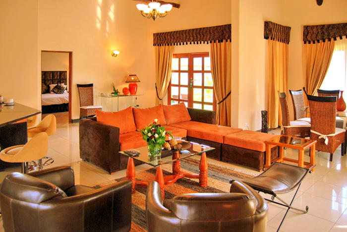 62 Elegantly appointed rooms