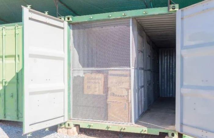 6 advantages of self storage units