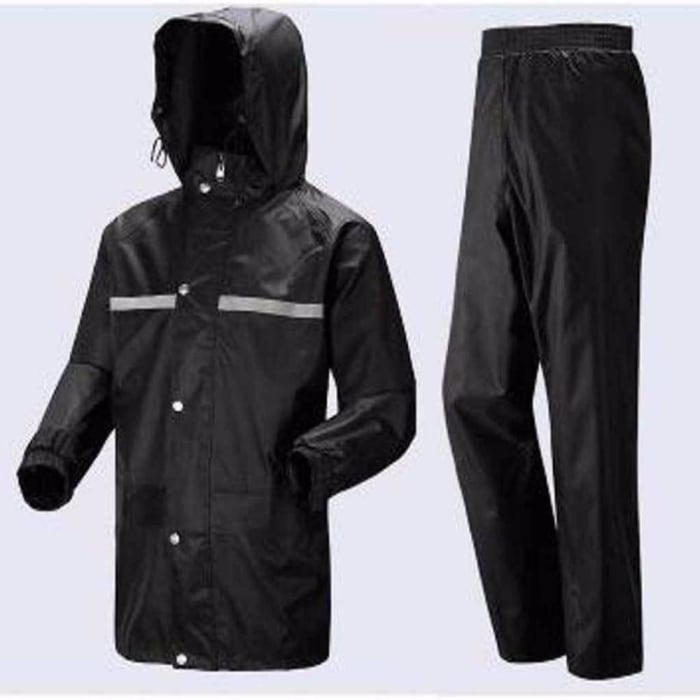 Stay dry with motorcycle rain suits