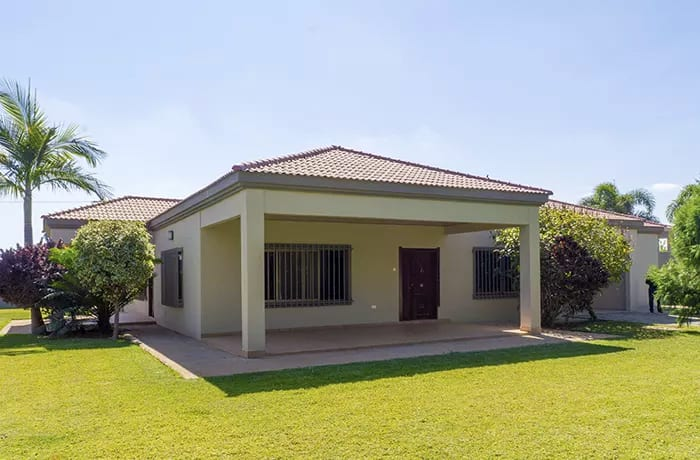 Fully-equipped houses suitable for either singles or families - AVAILABLE FOR RENT