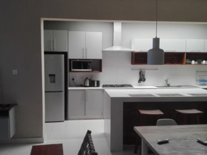 Modern apartment for rent near Cross Roads Mall in Lusaka