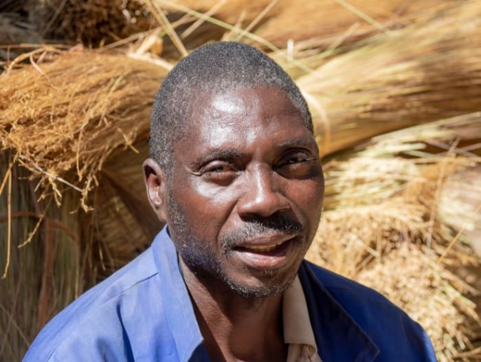 Kaingu collects 4500 bundles of grass with help from local community
