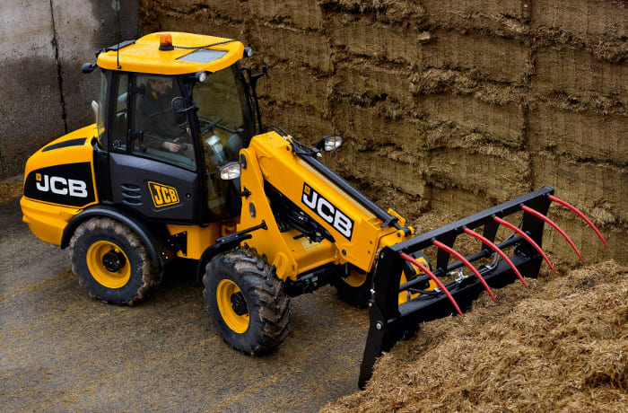 Comprehensive range of agricultural equipment
