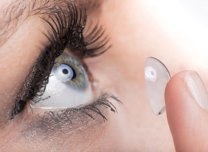 Continuous wear contact lenses