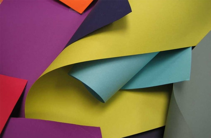 Art paper, self-carbonating paper