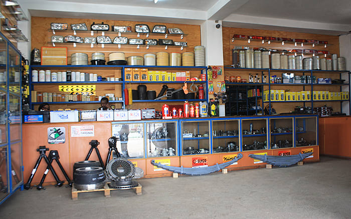 Offers genuine car parts for Toyota, BMW, Mercedes Benz and Mitsubishi