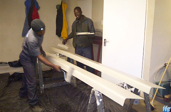 Gutters are quickly and efficiently manufactured seamlessly on site