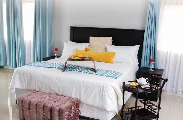 Luxury boutique hotel with creativity and serene surroundings