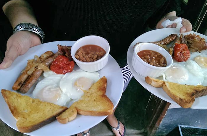 A full service café offering breakfast and brunch