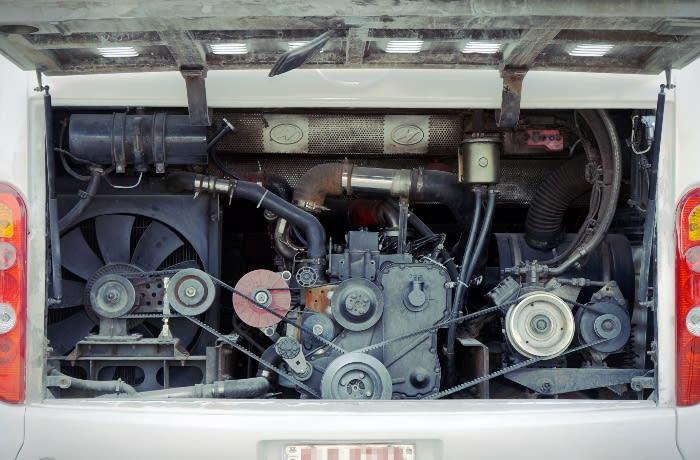 Higer truck/bus maintenance service