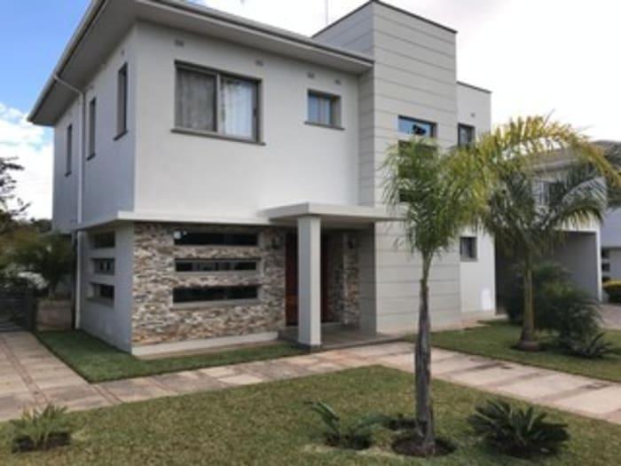 4 Bedroom duplex to let in Kalundu