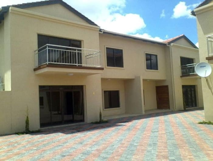 3 Bedroom apartment to let in Massmedia