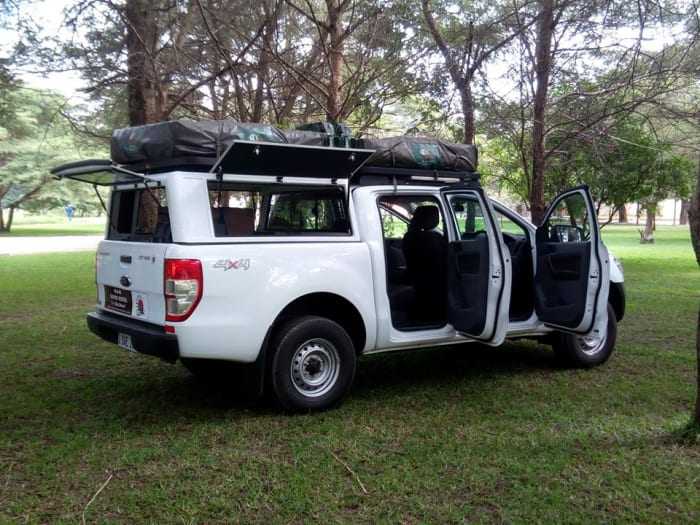 Fully equipped safari campers available