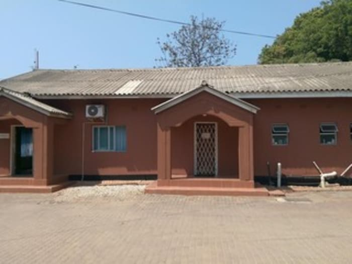 250m² office to let in Rhodespark