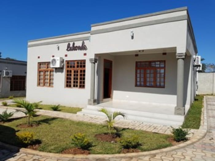 2 Bedroom Apartment To Let in Leopards Hill