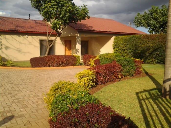 2 Bedroom flats to let in Makeni