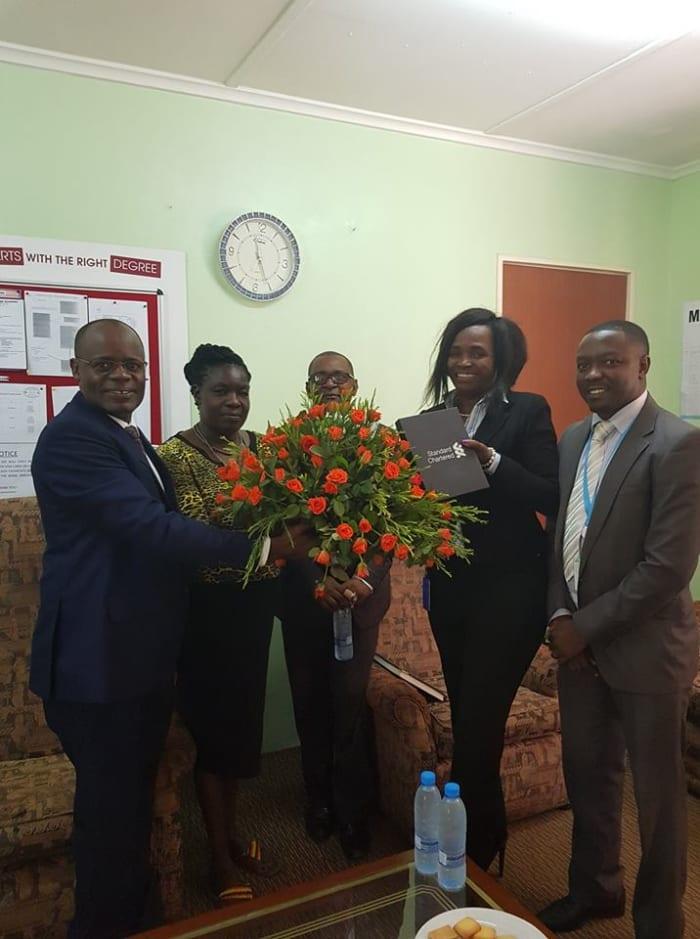 Managing Director of Standard Chartered Bank visits Crested Crane