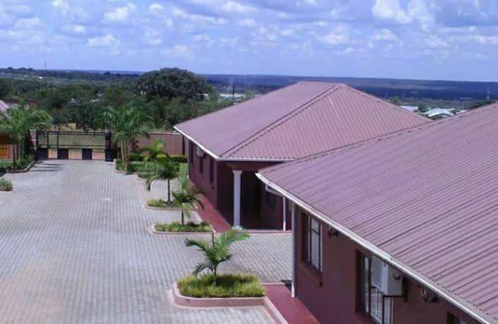 Fallsview Apartments partnership with various tour operators