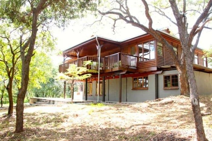 4 Bedroom gated estate to let in Leopards Hill