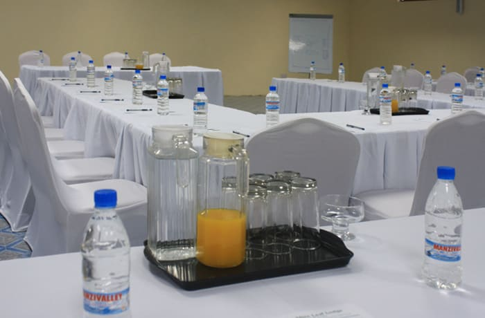 Adaptable function rooms