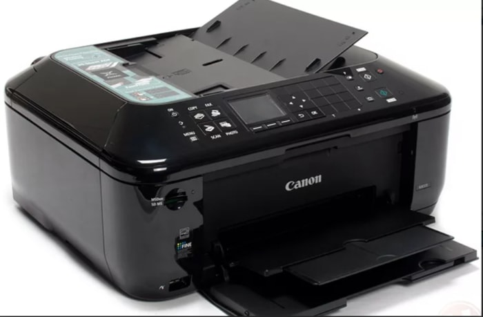 Suppliers of wide array of computers and accessories including keyboards, mice, printers,
