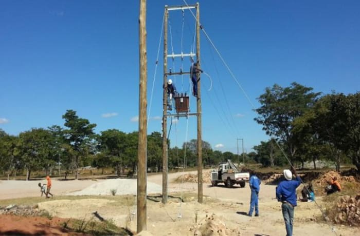 Overhead power line construction and maintenance
