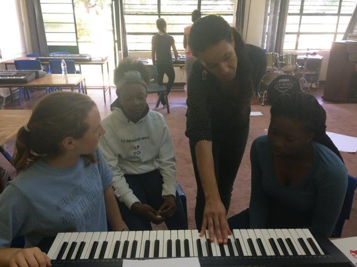 Music students attend workshop with singer-songwriter Namvula Rennie