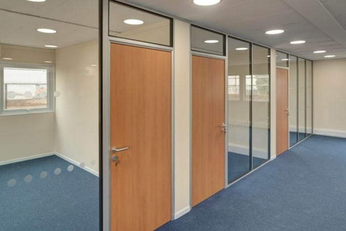 Installations of office partitions