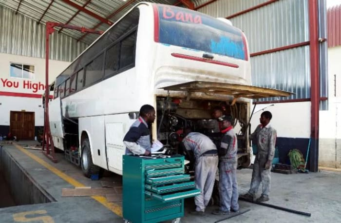Fully equipped workshop with highly skilled technicians