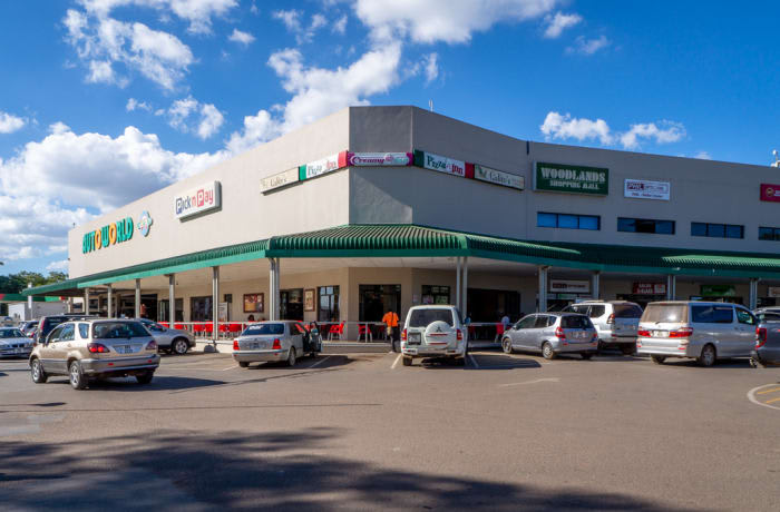 Family-friendly shopping complex with international and local stores