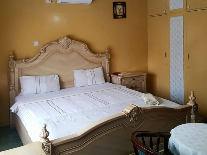 A comfortable bed, luxury furnishing, enjoy the hospitality