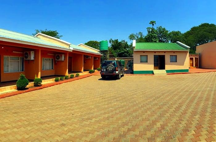 Lodge - 0