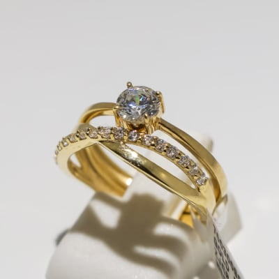 Wedding set yellow gold 9k ring with crystals image