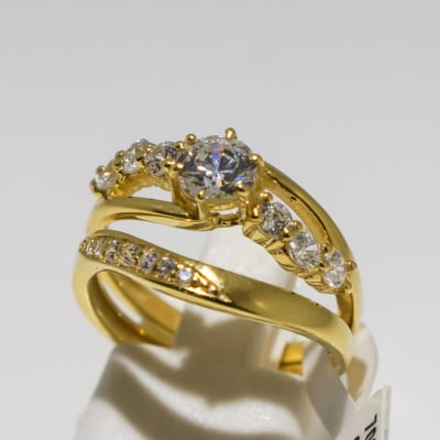 Wedding set yellow gold 9k and crystal split shank 7-stone ring image